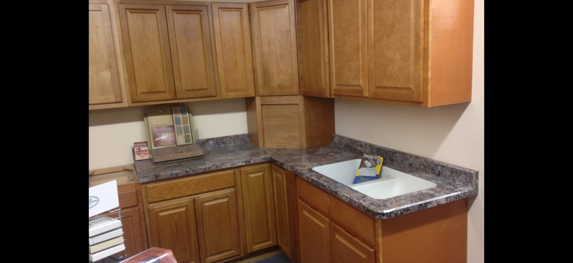 Kitchen display at Penn Yan HEP Sales, 125 East Elm Street